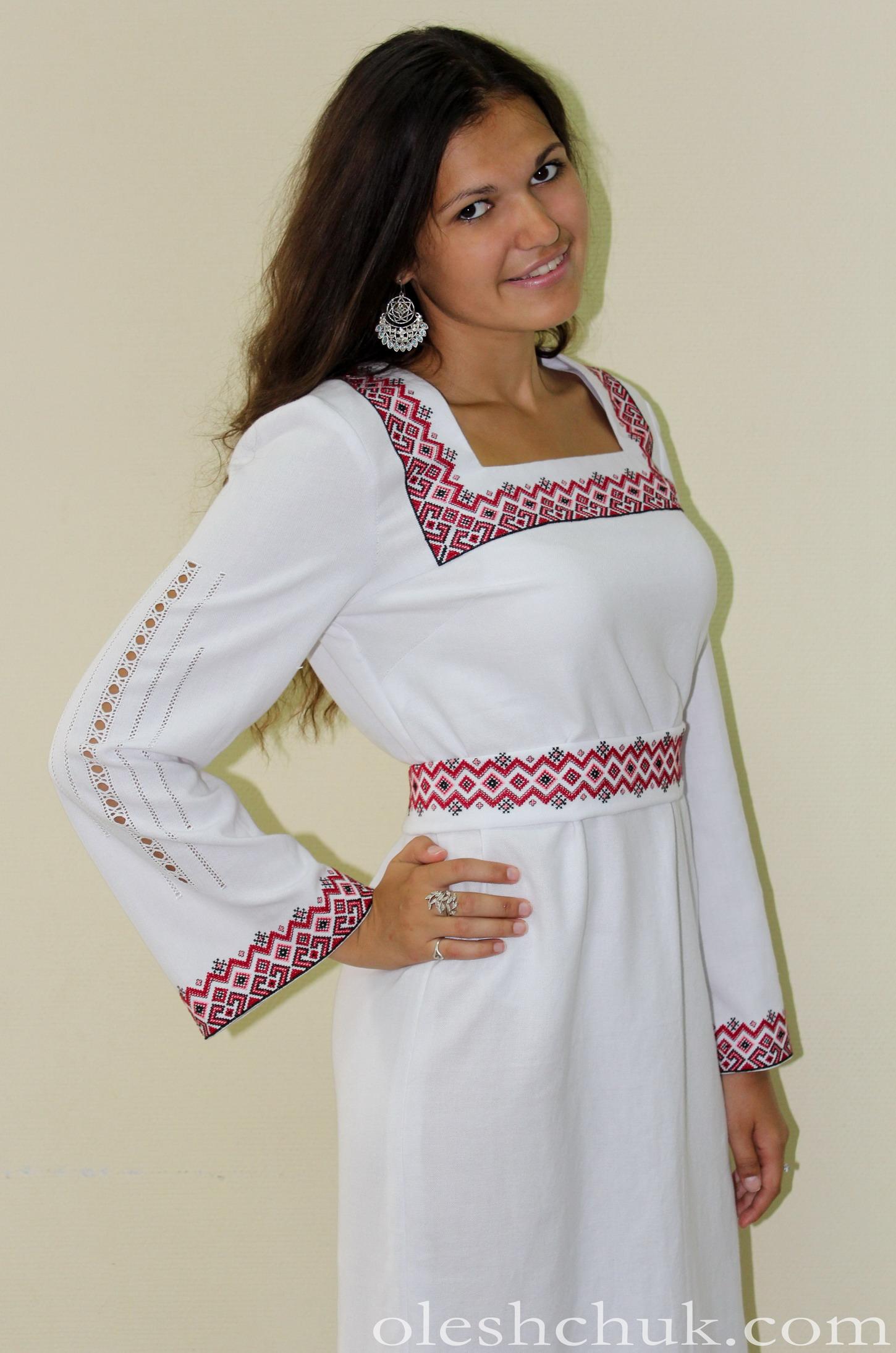 Весільна вишита сукня  93fc161e42675