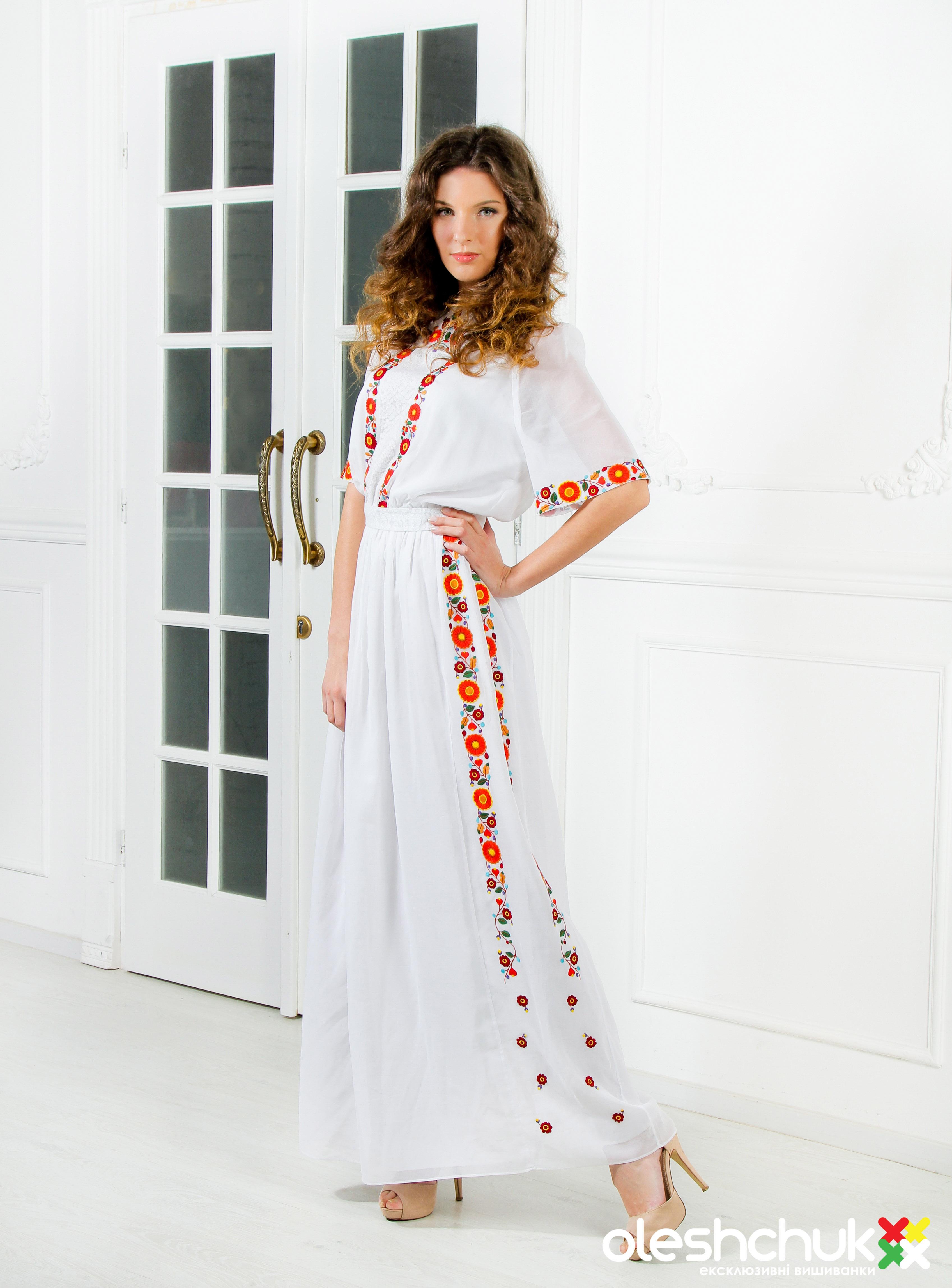 Вишиті плаття та сукні - Oleshchuk.com 873d29a44c345
