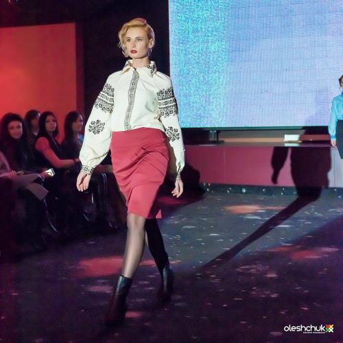 """Показ нової колекції вишиванок """"Два аромати розкоші"""", Київ"""