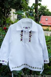 Сорочка дитяча дівчача з фіолетовими квітами