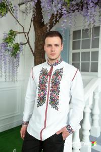 Чудовий варіант весільної вишиванки для хлопців від бренду oleshchuk