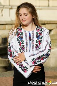 """вишита сорочка жіноча """"Королівський сад"""""""