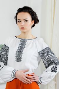 """женская вышиванка """"Женские чары"""""""